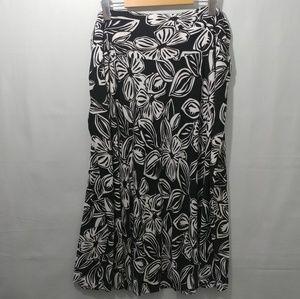 Black & White Floral TanJay Skirt